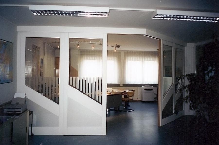 raumteiler schiebet ren ffnen synchron. Black Bedroom Furniture Sets. Home Design Ideas